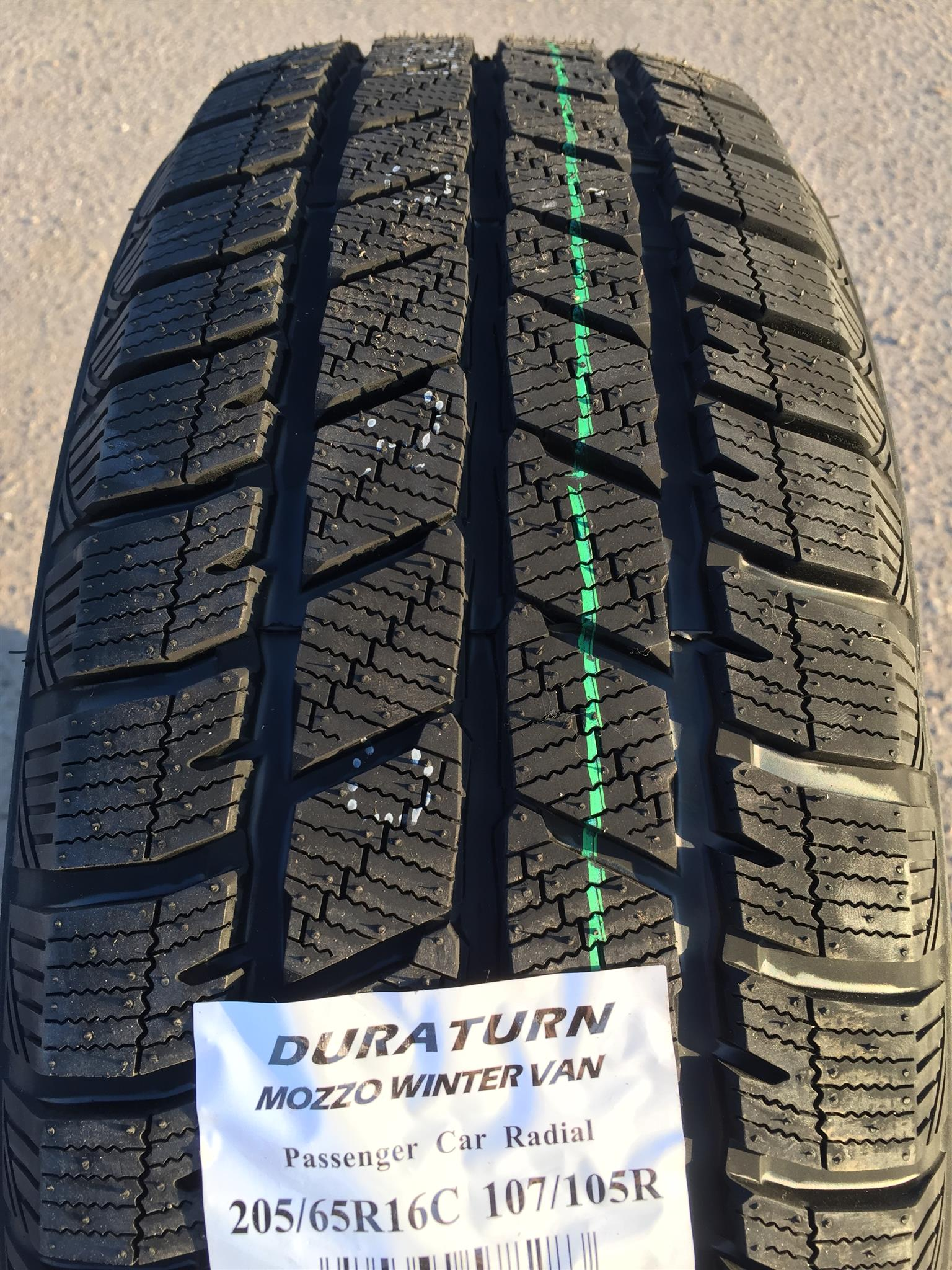 235/65R16C DURATURN MOZZO WINTER VAN 115/113R TL